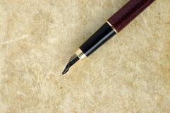 Pen op het boek. stock foto