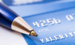 Pen over credit card Royalty Free Stock Photography
