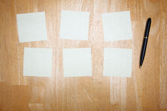 Pen and Post It Notes Pad Royalty Free Stock Photography