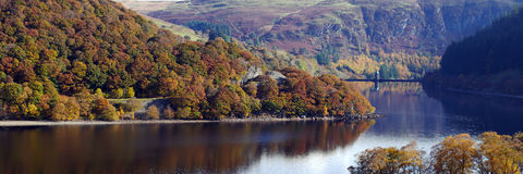 Pen Y Garreg reservoir autumn panorama Royalty Free Stock Photography