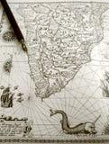 Pena antiga do mapa e do manuscrito foto de stock royalty free