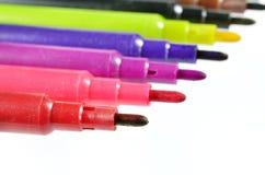 Pena colorida isolada no fundo branco Fotografia de Stock