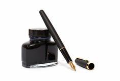 Pena de fonte com frasco de tinta Imagens de Stock
