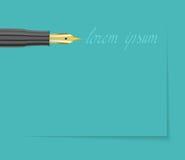 Pena de fonte com ponta dourada e assinatura no fundo azul Foto de Stock
