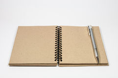 Pena do isolado e caderno do vintage Foto de Stock