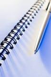 Pena e caderno Fotos de Stock Royalty Free
