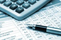 Pena e calculadora de fonte Fotografia de Stock