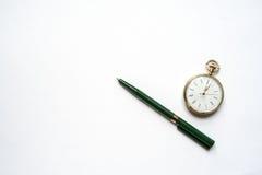Pena e relógio imagem de stock royalty free