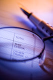 Pena e verificação Fotos de Stock Royalty Free