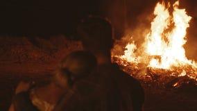 Pena y desgracia, propiedad destruida fuego almacen de metraje de vídeo
