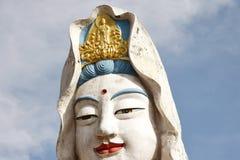 Penang Malaysia: Guan Yin Buddha på templet arkivbilder