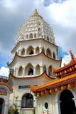 Penang, Malaysia: Pagoda do templo de Kek Lok Si Fotos de Stock Royalty Free