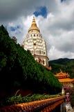 Penang, Malaysia: Pagoda do templo de Kek Lok Si Imagens de Stock