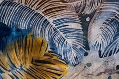 Penas, batik quente, textura do fundo, feito a mão na seda fotografia de stock royalty free