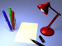 Penas de fonte com uma lâmpada de tabela Imagens de Stock