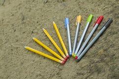 Penas e lápis Foto de Stock Royalty Free