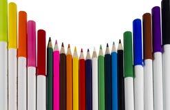 Penas e lápis coloridos Fotos de Stock Royalty Free