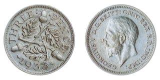 3 pence van 1933 het muntstuk dat op witte achtergrond, Groot-Brittannië wordt geïsoleerd Stock Fotografie