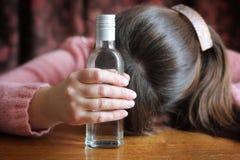 penchant d'alcool Photos libres de droits