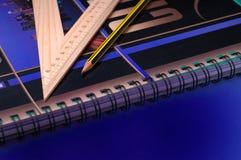 pencil linjalen royaltyfri foto