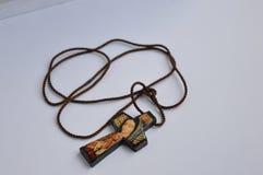 Pendant fabriqué à la main croisé de Guadalupe de Vierge photo stock