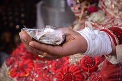 pendant un pooja de mariage Photos stock