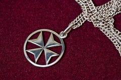 Pendente da cruz maltesa Imagens de Stock Royalty Free