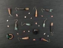 Pendente dei gioielli e raccolta degli anelli Fotografie Stock Libere da Diritti
