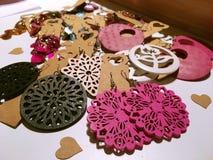 Pendiente, pendiente de la moda, pendiente de madera Foto de archivo