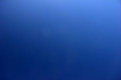 Pendiente del cielo azul Foto de archivo libre de regalías