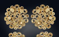 Pendientes de oro con negro aislado piedra preciosa Foto de archivo