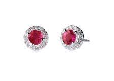 Pendientes de rubíes rojos del diamante Imagen de archivo libre de regalías