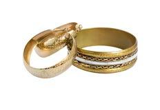 Pendientes viejos de oro de la pulsera y del aro de la vendimia Imágenes de archivo libres de regalías