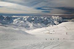 Pendii di corsa con gli sci, paesaggio alpino maestoso Fotografia Stock Libera da Diritti