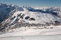 Pendii di corsa con gli sci, paesaggio alpino maestoso Fotografie Stock Libere da Diritti