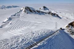 Pendii nella stazione sciistica di Kitzsteinhorn, alpi austriache Immagine Stock Libera da Diritti