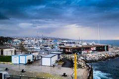 Pendik小游艇船坞和海运输-土耳其 库存图片