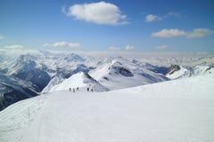 Pendio dello sci dell'alta montagna in alpi francesi Fotografia Stock