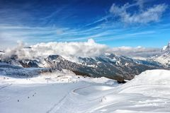 Pendio dello sci in Grindelwald nelle alpi di Bernese, Svizzera Fotografie Stock Libere da Diritti