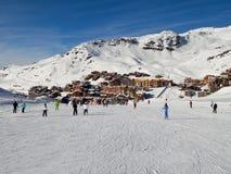 Pendio dello sci a Val Thorens Immagini Stock