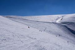 Pendio di Snowy nel centro dello sci di 3-5 Pigadia, Naoussa, Grecia Immagini Stock