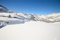 Scena alpina calma nell'inverno Immagini Stock Libere da Diritti