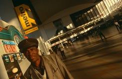 Pendlare på en Johannesburg posterar Arkivfoton