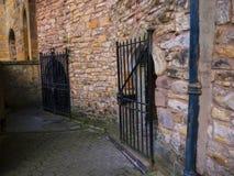 Pendle巫婆在兰卡斯特城堡和前监狱举行在兰开夏郡英国的土牢 免版税库存图片