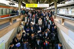 Pendolari del treno nell'ora di punta Immagine Stock
