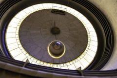 Pendolo di Foucault a Griffith Observatory fotografia stock libera da diritti
