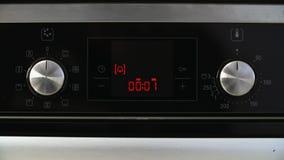 Pendule à lecture digitale d'Oven Countdown banque de vidéos