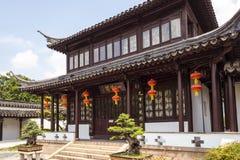Pendurado com as lanternas vermelhas no pavilhão de Yilan Fotografia de Stock Royalty Free