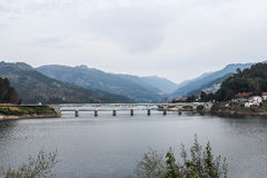 Peneda-Geresbrücken Landschaften von Portugal stockbild