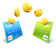 Pengaröverföring från kort till kortet Arkivfoto